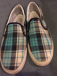 Bench slip-on shoes