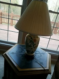 brown wooden base table lamp with brown lampshade Glenn Dale, 20769