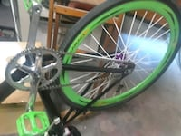 green and black hardtail bicycle Palmdale, 93550