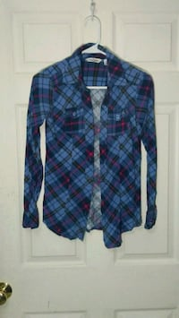 Plaid button up Fairfax, 22033