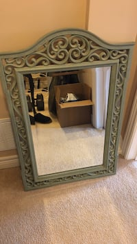 Rectangular mirror with textured frame
