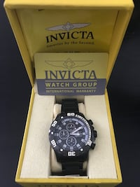 Round black invicta chronograph watch with stainless steel wrist band Cumming, 30040