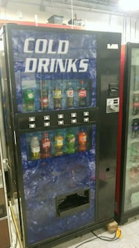 Cold drink vending machine fully working  Gaithersburg, 20879