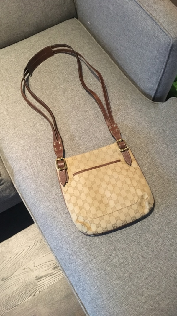 2335a7341b7a Used Gucci GG Canvas cross body bag in brown leather for sale in ...