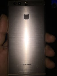 Argento huawei smartphone android