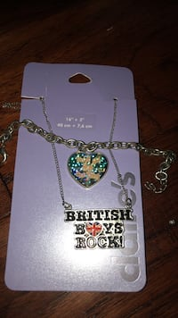 One direction braclet and necklace San Antonio, 78258