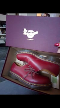 pair of red leather shoes Chula Vista, 91915