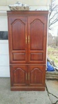 Brown Cabinet! Fort Wayne, 46808