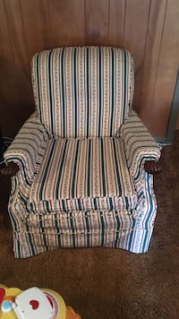 white and blue wing chair Clinton, 20735