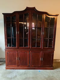 1960 Rosewood Queen Anne Edition China Cabinet Modesto, 95355
