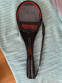 Badminton racket, brand new, never used, moving sale 2 pieces for $14Or  4 pieces for 25 Vancouver, V6G 2G1