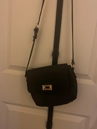 Black Cross Over body purse  Irondale, 35213