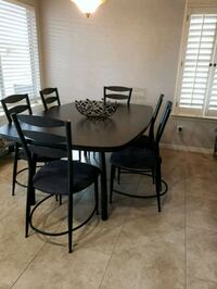 Table with 6 chairs. Scottsdale, 85255