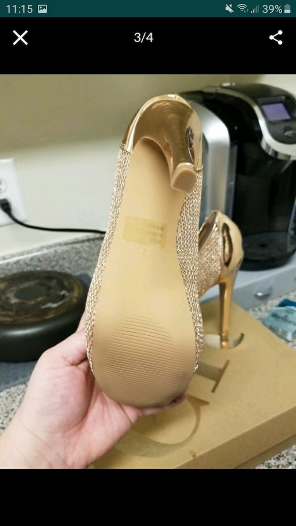 Women's ROSE GOLD SIZE 9 1