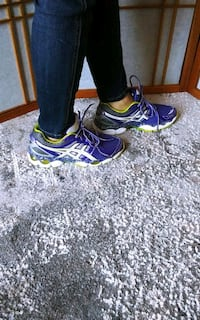 Asic sport shoes size 7
