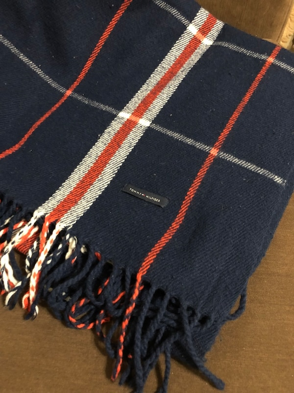 Tommy Hilfiger Blanket/Throw
