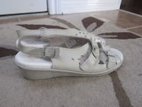 "Italian Leather Summer Shoes Size 8 or 39EU ""Made  Ottawa, K2S 0K5"