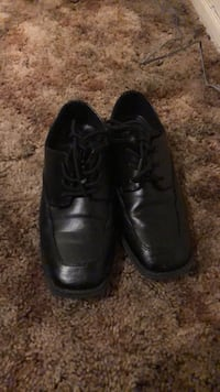 pair of black leather dress shoes Escondido, 92025