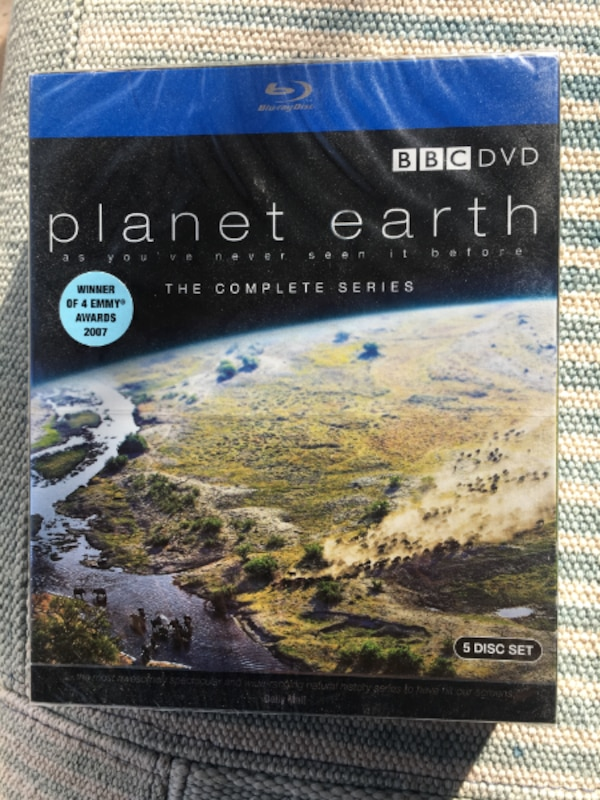 Planet Earth The Complete Series [Blu-ray] (2007) 5-Disc Set.