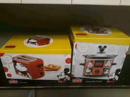 Mickey mouse slow cooker and bread toaster