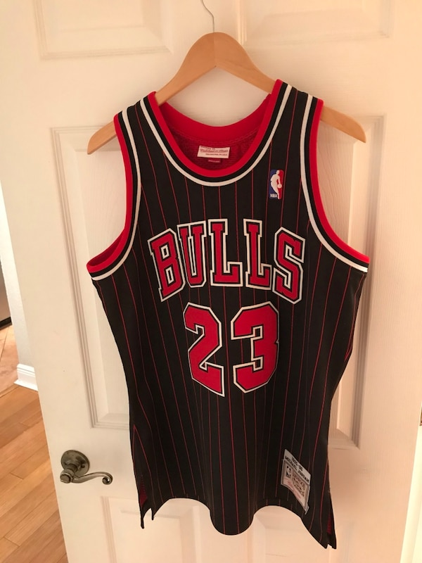 1181127875a810 Used Mitchell   Ness Chicago Bulls Jersey for sale in Coconut Creek - letgo