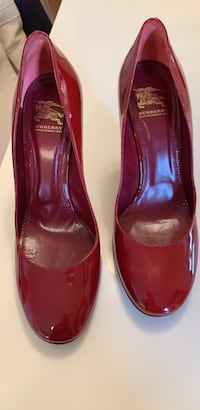 Women Red Burberry Patent Leather Shoes Chicago, 60634