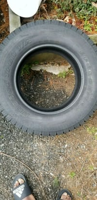 black car tire with tire New Carrollton, 20784