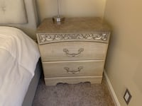 Dresser with two night stands  Alexandria, 22315