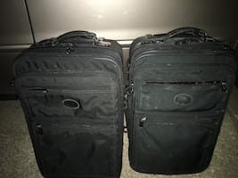 Luggage set only 35 Firm