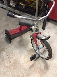gray and red Radio Flyer trike Johnstown, 43031