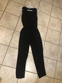 Black sleeveless jumpsuit (xs) Bradford West Gwillimbury, L3Z