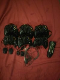 Xbox Controllers (6) with Items Winnipeg