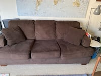 Couch (good condition)