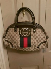 Authentic  Gucci  bag  Whitby, L1N 8X2
