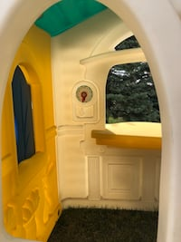 Step 2 Kids Playhouse  Calgary, T2H 0G3