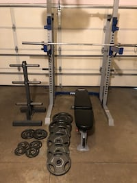 Fithess gear weight rack and bench 240 lbs 45 lbs bar