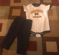 Size 12 months. Michigan Wolverines baby toddler outfit  Saginaw, 48609