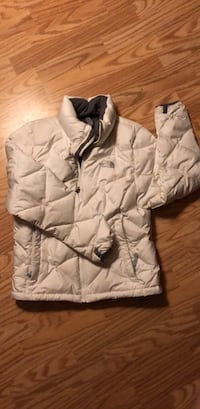 White North Face women's down jacket. Size small Kamloops, V2E 2M2