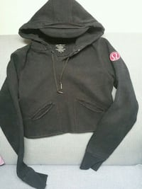 black and gray zip-up hoodie Newmarket, L3X