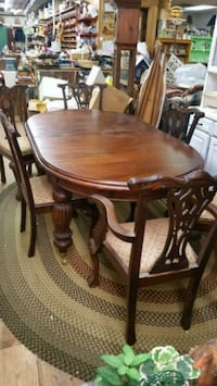Table Set Macungie, 18062