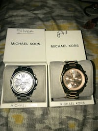 round silver Michael Kors chronograph watch with s Calexico, 92231