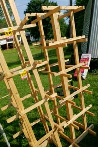 2 display hat racks Roanoke, 24012