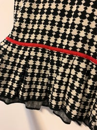 Banana Republic - Peplum Houndstooth Sweater Hamilton, L8N 2B8