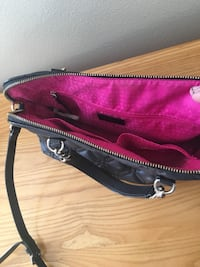 Kate spade leather purse Bee Cave, 78738