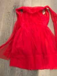 Red sleeveless mini dress vintage over 40 years old. Small size