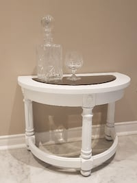 Classic White Refinished End Table!! Caledon