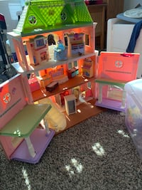 Doll House Med Size