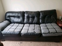 Free couch Lyon Charter Township, 48165