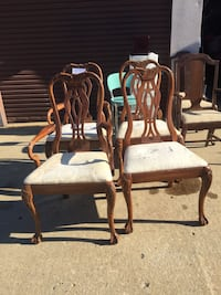 4 Queen Anne Styled Chairs Waldorf, 20602
