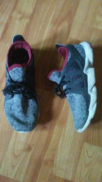 Boys Size 3 Shoes Lincoln, 68505